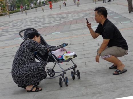 TP.HCM duy tu, bảo dưỡng định kỳ phố đi bộ Nguyễn Huệ  - ảnh 6
