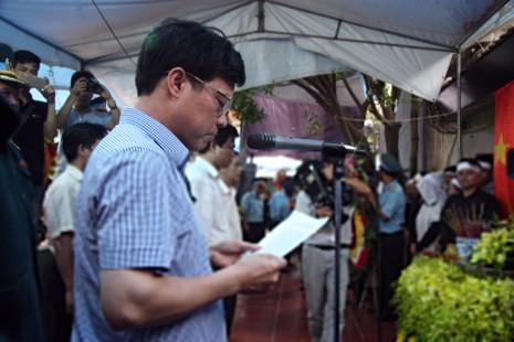 Phó chủ tịch Hà Nội thăm, trao quyết định đặc cách viên chức cho vợ Đại tá Khải  - ảnh 1