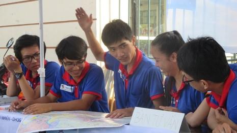 Trước ngày thi THPT Quốc gia: Không nhiều phụ huynh, thí sinh đến tư vấn - ảnh 1