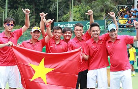 Quần vợt Việt Nam: Vừa thăng hạng đã tố cáo nhau - ảnh 1