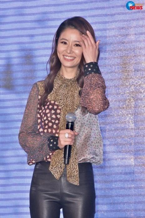 Lâm Tâm Như tham dự họp báo vào ngày 7/4.
