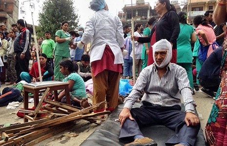 Động đất Nepal, hàng ngàn người chết  - ảnh 2