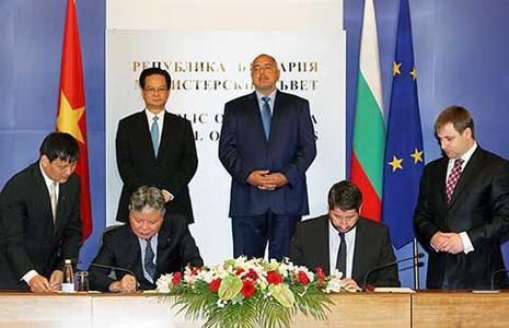 Việt Nam - Bulgaria chia sẻ quan điểm về biển Đông - ảnh 1