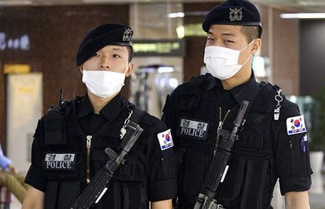 Chính phủ Hàn Quốc bị kiện vì xử lý dịch MERS-CoV kém - ảnh 1