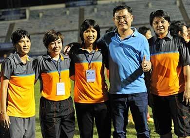 Bóng đá nữ TP.HCM VĐQG 2015: Năm năm một giấc mơ vàng - ảnh 2