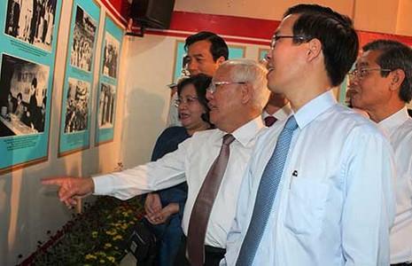 Triển lãm ảnh về cố Tổng Bí thư Nguyễn Văn Linh - ảnh 1