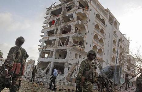 Đại sứ quán Trung Quốc bị thiệt hại trong vụ đánh bom  - ảnh 1