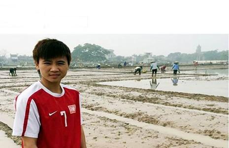 Sau Lương 'dị', bóng đá Việt Nam có thêm… Dung 'dị' - ảnh 1