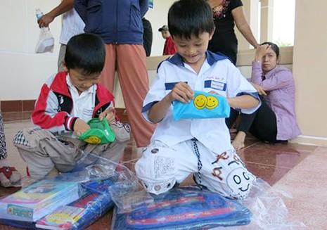 Home Credit đến với học sinh nghèo  - ảnh 3