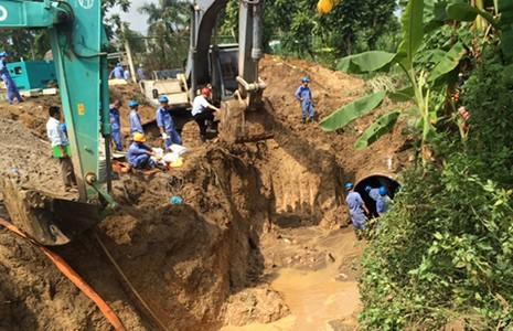 Vỡ đường ống nước sông Đà lần thứ 13 - ảnh 1