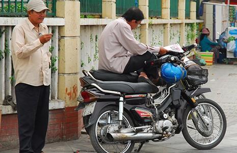 Đà Nẵng đề nghị dừng thu phí xe máy - ảnh 1