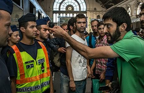 Tại sao IS 'hả hê' nạn nhập cư châu Âu? - ảnh 2