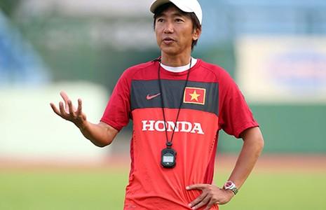 Hãy để HLV Miura có cơ hội - ảnh 1