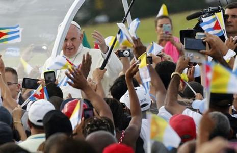 Đức Giáo Hoàng - cầu nối ngoại giao  - ảnh 2