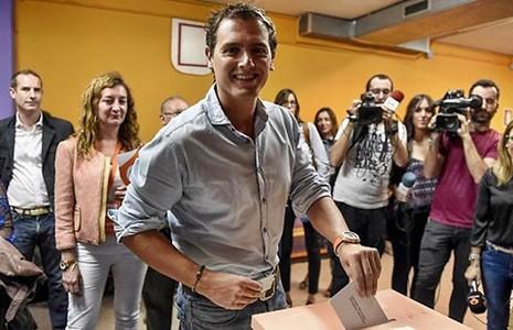 Catalonia bầu cử, Tây Ban Nha sốt ruột - ảnh 1