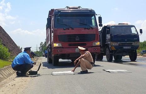 CSGT Đà Nẵng: Không có bảo kê xe quá tải - ảnh 1