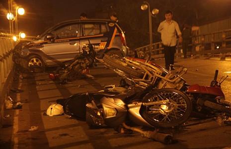 Tai nạn thảm khốc do giành đường? - ảnh 1
