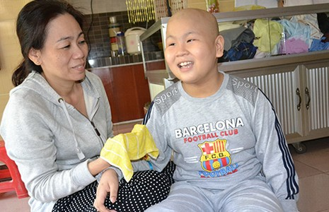 Người giúp cậu bé ung thư 'làm' CSGT nói gì? - ảnh 2