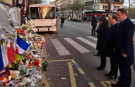 Pháp-Anh cam kết đánh IS  - ảnh 1