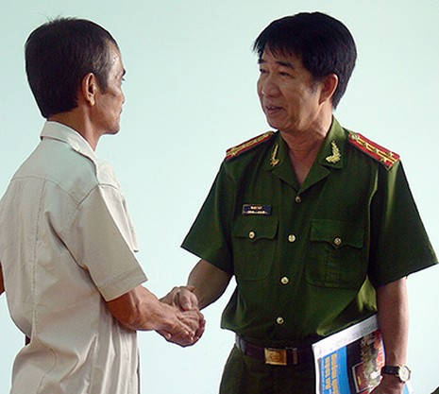 'Nước mắt công dân' của ông Huỳnh Văn Nén - ảnh 2