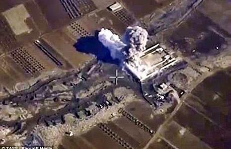 Chưa rõ máy bay nào ném bom quân đội Syria - ảnh 1