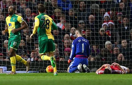 Van Gaal sẽ theo chân Mourinho? - ảnh 1