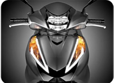Tranh cãi buộc xe máy bật đèn ban ngày - ảnh 2