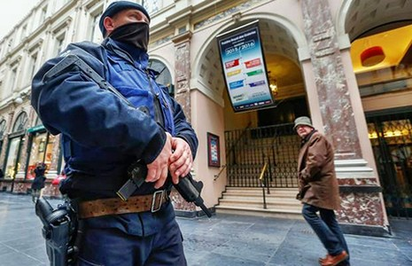 Hai tên định đánh bom cuối năm ở Bỉ đã bị bắt - ảnh 1