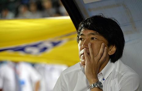 Có 10 ông Miura vẫn thua - ảnh 1