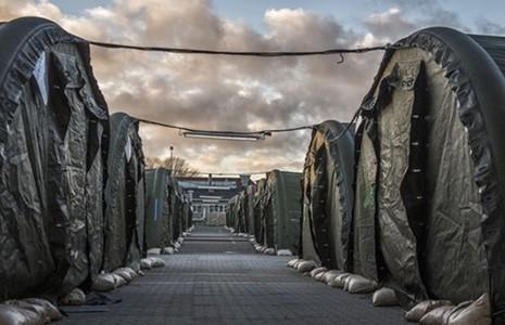 Châu Âu 'săn lùng' tài sản người tị nạn - ảnh 2