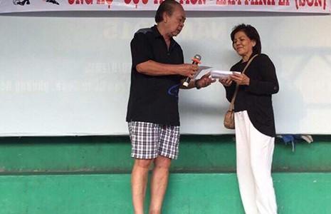 Giải giao hữu gây quỹ giúp đỡ cựu thủ môn Minh Lý: Ấm tình đồng đội - ảnh 1