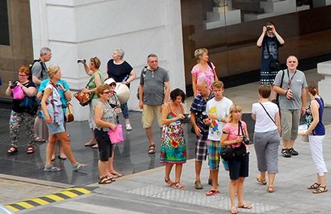 Du khách đến Sài Gòn… không biết đi đâu  - ảnh 1