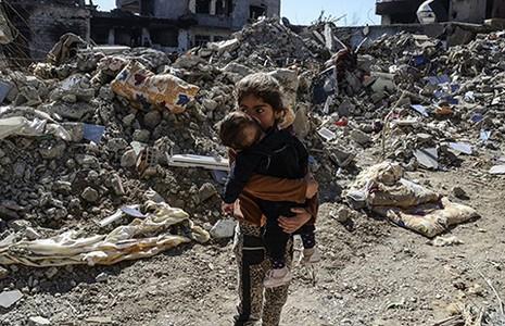 Trẻ em Syria phải ăn thức ăn dành cho vật nuôi - ảnh 1