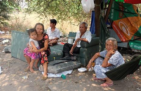 Nhà tái định cư: Ở được, sống không nổi - ảnh 2