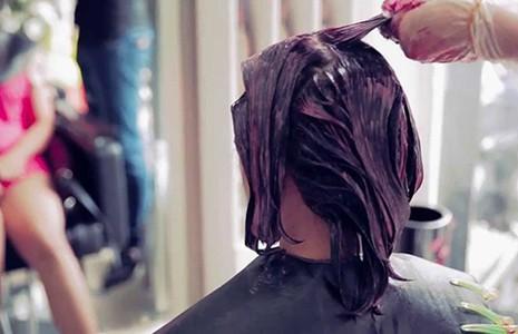 Nhuộm tóc phát sáng, coi chừng rước họa - ảnh 1