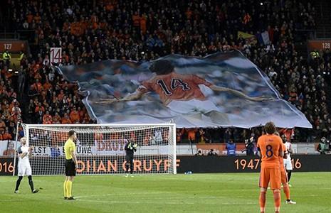 Hà Lan đổi tên sân quốc gia thành Johan Cruyff - ảnh 1