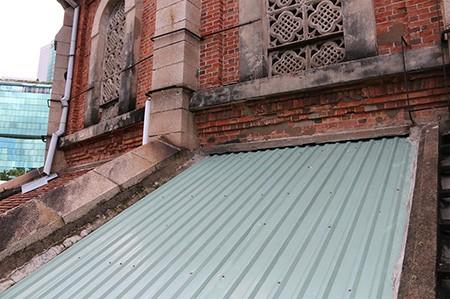 Nhà thờ cổ Sài Gòn - Bài 6: Phục hồi vẻ đẹp nguyên sơ nhà thờ Đức Bà - ảnh 13