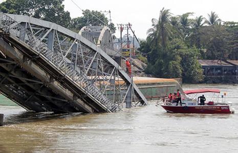 Nhiều vụ tai nạn đường thủy gây thiệt hại lớn - ảnh 1