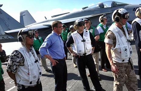 Tướng Trung Quốc ngang nhiên ra đảo nhân tạo - ảnh 1