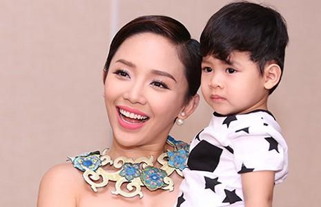 Tóc Tiên tặng học bổng cho thí sinh Vietnam Idol Kids - ảnh 1