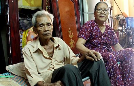 Cái nghèo đi cùng bệnh tật, tuổi già - ảnh 2