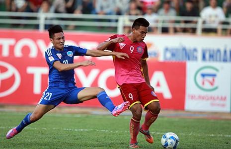 V-League: Kịch tính sân Pleiku và ngày hội sân Thống Nhất - ảnh 1
