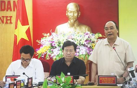 Thủ tướng Nguyễn Xuân Phúc: 'Phải sớm có kết luận nguyên nhân cá chết' - ảnh 1