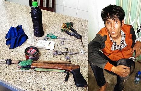 'Hiệp sĩ' tự phát bị công an thu giữ súng  - ảnh 1