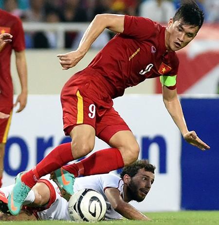 Việt Nam - Hong Kong 2-2 (luân lưu 4-3): Công Vinh lại tỏa sáng - ảnh 1