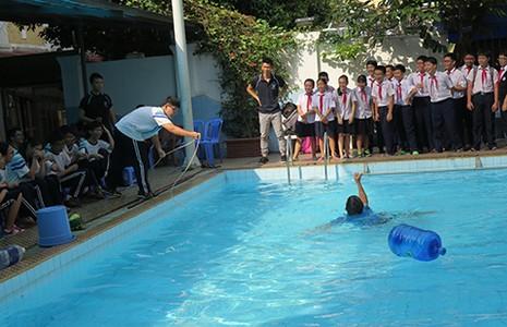 Dự án xây trường học mới phải có hồ bơi  - ảnh 1