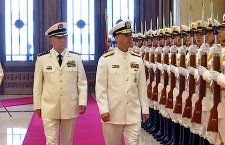 Đô đốc Trung Quốc thách đố xây đảo  - ảnh 1