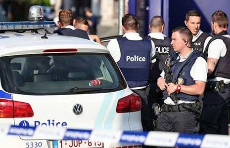 Vụ tấn công bằng dao ở Bỉ là âm mưu khủng bố - ảnh 1
