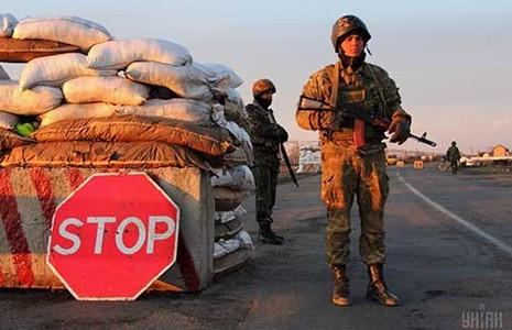 Vụ xâm nhập Crimea, Nga nói có, Mỹ bảo không! - ảnh 1