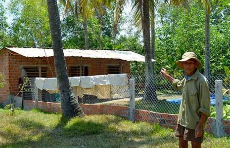 Quảng Nam: Bị phạt vì xây nhà tạm chăn vịt - ảnh 1